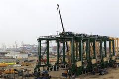 Grúa movible en puerto del zhangzhou Imagenes de archivo