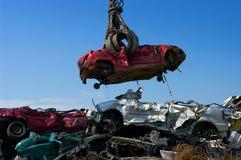 Grúa que toma el coche Imagen de archivo libre de regalías