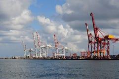 Grúas para el cargamento de la nave en el puerto en Fremantle Perth Fotos de archivo libres de regalías