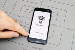 gründen Sie auf iPhone X 10 die niatic APP-Anwendersoftware, Stockbilder