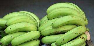 Grüne Bananen Lizenzfreies Stockfoto