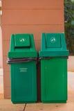 Grüne Behälter Stockbilder