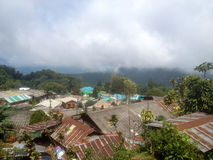 Grüne Berge in Nord-Thailand Stockfotos