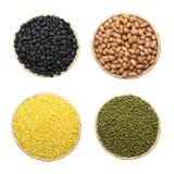 Grüne Bohnen, die Barke abziehen, grüne Bohnen, schwarze Bohnen und Erdnüsse lizenzfreie stockfotos