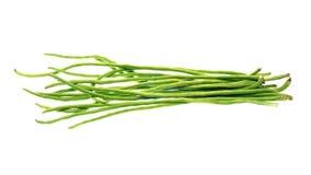 Grüne Bohnen lokalisiert auf weißem Hintergrund Stockbild