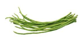 Grüne Bohnen lokalisiert auf weißem Hintergrund Stockfotos