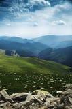 Grüne Gebirgslandschaft Stockfotografie