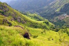 Grüne Hügel des Teelandes, Sri Lanka Lizenzfreie Stockfotografie