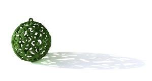 Grüne Kugel des neuen Jahres mit Schatten Lizenzfreie Stockbilder