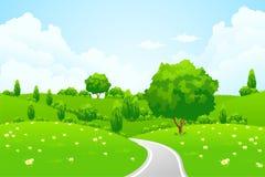 Grüne Landschaft mit Hügelbaumstraße und -blumen Lizenzfreie Stockfotos