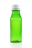 Grüne leere Plastikflasche Stockfotografie