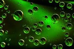 Grüne Luftblasen Stockbild