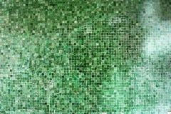 Grüne Mosaikwand-Hintergrundbeschaffenheit Lizenzfreies Stockbild