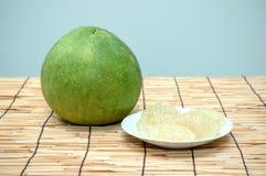 Grüne Pampelmusenfrucht stockfotografie