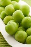 Grüne Pflaumen Lizenzfreies Stockfoto