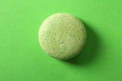 Grüne süße Makrone stockbilder