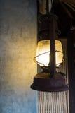 Grüne Schreibtischlampe Stockfoto