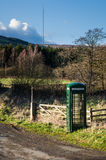 Grüne Telefonzelle, Fangdale Beck, Bilsdale, North Yorkshire u. stockfoto