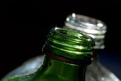 Grüne und weiße Flasche Stockbild