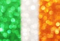 Grüne, weiße, orange Streifen - eleganter abstrakter Hintergrund Lizenzfreies Stockfoto