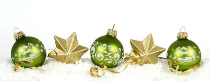 Grüne Weihnachtsbälle Stockfotos