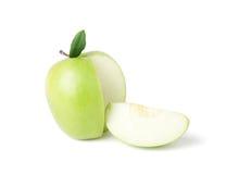 Grüner Apfel auf einem weißen Hintergrund Lizenzfreie Stockfotos