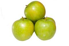 Grüner Apfelhaufen Lizenzfreie Stockfotos
