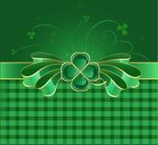 Grüner Bogen mit Klee Stockfoto