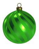 Grüner Dekorweihnachtskugel-Ausschnittspfad Lizenzfreie Stockbilder