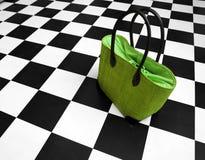 Grüner Fonds - Frauenhandtasche Stockfotos