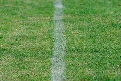 Grüner Fußball field Lizenzfreies Stockfoto