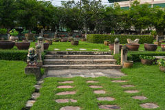 Grüner Garten stockbild