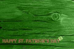 Grüner hölzerner Beschaffenheitshintergrund Heiliges Patrickâs Tag Hintergrund Str Grüne hölzerne Beschaffenheit Stockfotografie