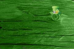 Grüner hölzerner Beschaffenheitshintergrund Heiliges Patrickâs Tag Hintergrund Str Grüne hölzerne Beschaffenheit Lizenzfreie Stockfotos