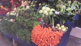 Grüner Lebensmittelhändler stock video footage
