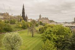 Grüner Park in Edinburgh stockfotografie