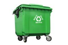 Grüner Plastikbeseitigungsbehälter Stockbild