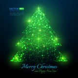 Grüner polygonaler Weihnachtsbaum mit Aufflackern für frohe Weihnachten vektor abbildung