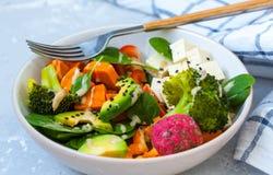 Grüner Salat des strengen Vegetariers Lizenzfreies Stockbild