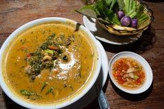 Grüner Schalentier-Curry, thailändische Küche Stockfoto