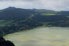 Grüner See von furnas Sao Miguel, die Azoren-Inseln, Portugal lizenzfreies stockfoto