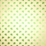 Grüner Shamrock-Folien-Papier-Hintergrund Lizenzfreies Stockfoto