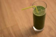 Grüner Smoothie Stockbild