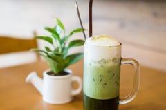 Grüner Tee des Eises Stockfoto