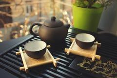 Grüner Tee mit Cup und Teekanne Lizenzfreies Stockbild