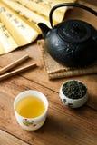 Grüner Tee mit Teesuppe Stockbilder