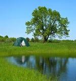 Grüner Tourismus am Sommer Lizenzfreie Stockbilder