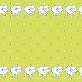Grüner Tupfenhintergrund mit netten Babyschafen Stockbild