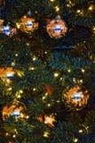 Grüner Weihnachtsbaum Stockfoto