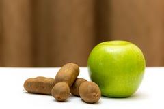 Grünes Apple mit Tamarinde Stockfoto